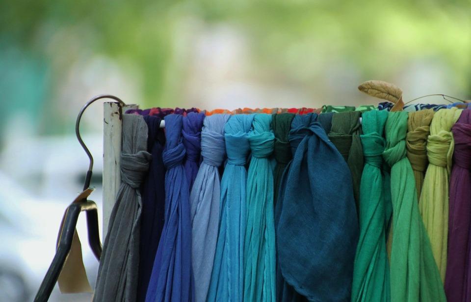 scarf-255515_960_720
