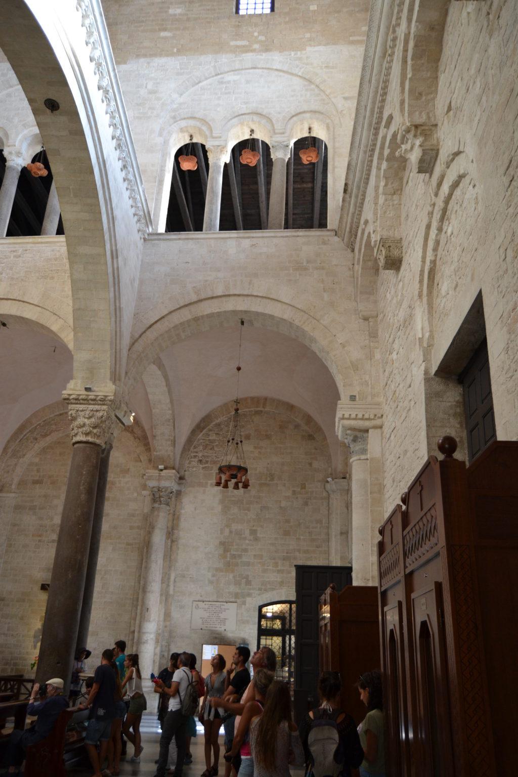 Bari tour